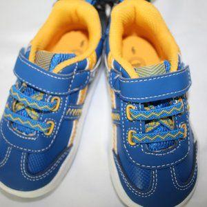 0372   Wonder Nation Infant Boy Athletic Sneakers